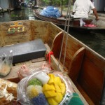 Food Photo: Sticky Rice and Mango on a Boat