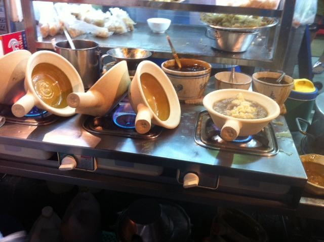 Piping Hot Clay Pot Cauldron of Dried Fish Maw Soup กระเพาะปลา