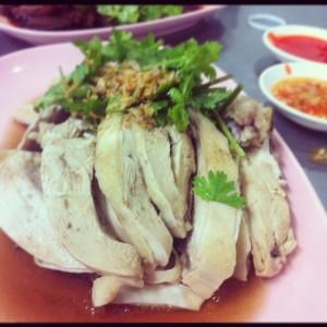 Gai Song Kreung ไก่ทรงเครื่อง