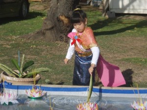 Cold Loy Kratong festival near a temple in California