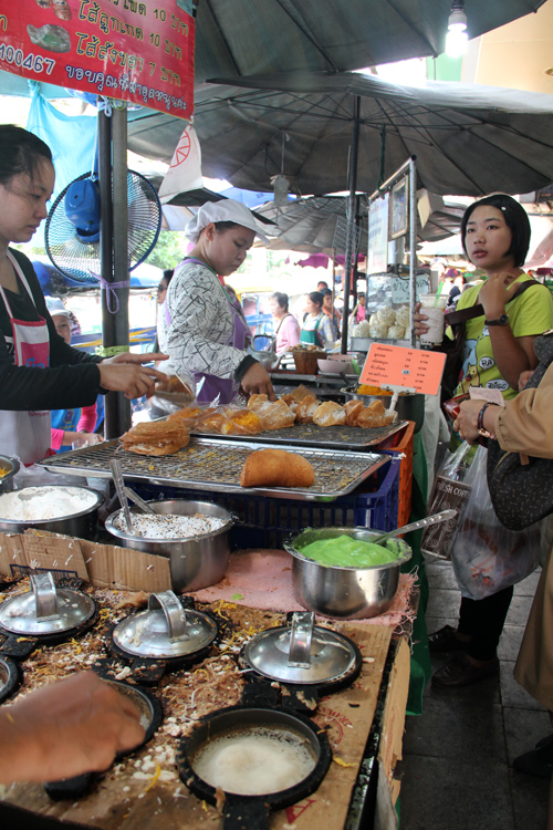 Thai Snacks at Wang Lang Market