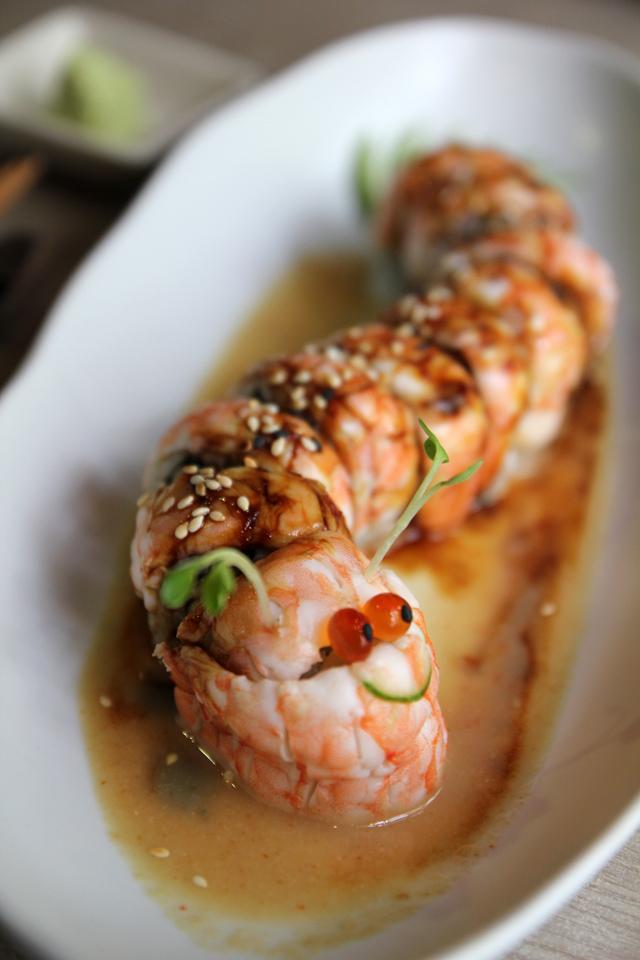 Isao fusion japanese sushi restaurant in bangkok for Akane japanese fusion cuisine