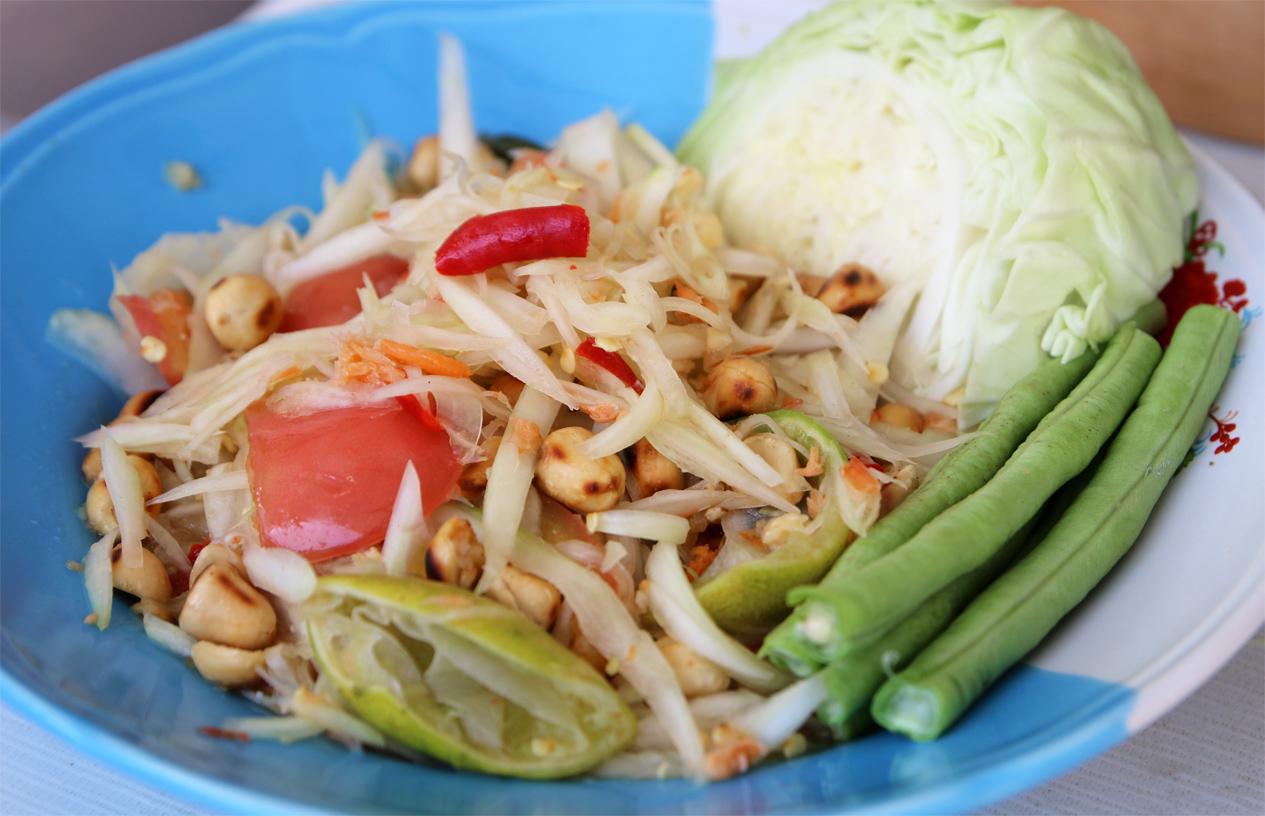 Thai green papaya salad recipe