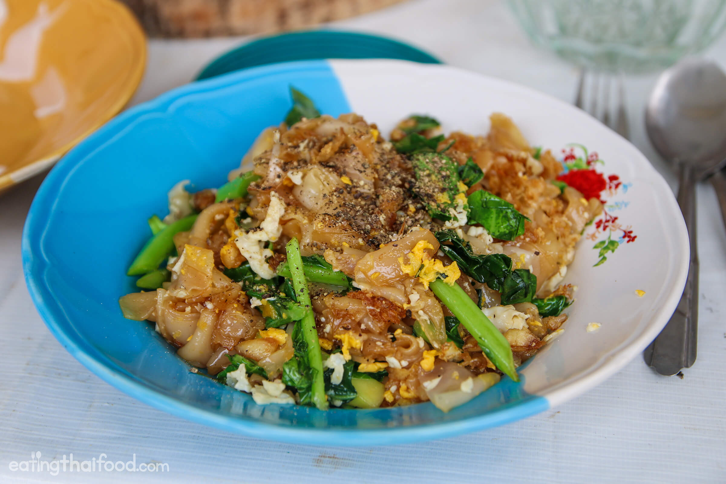 Authentic thai pad see ew recipe street food style ccuart Choice Image
