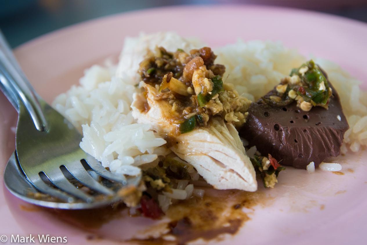 Kiat Ocha (ร้าน เกียรติโอชา) – Khao Man Gai and Satay in Chiang Mai
