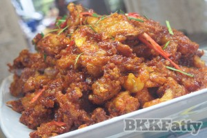 deep fried vegetarian thai corn fritters