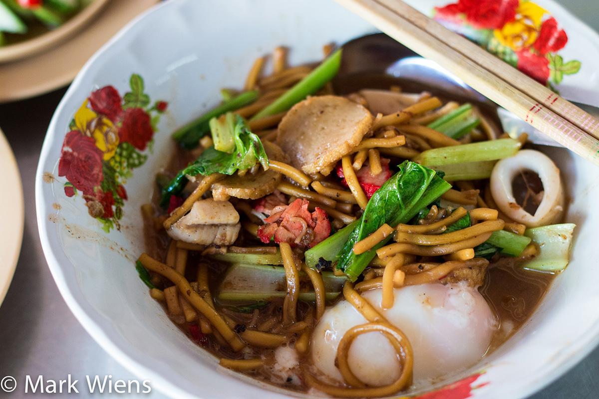 Lock Tien (ลกเที้ยน) - Hokkien Style Fried Noodles in Phuket