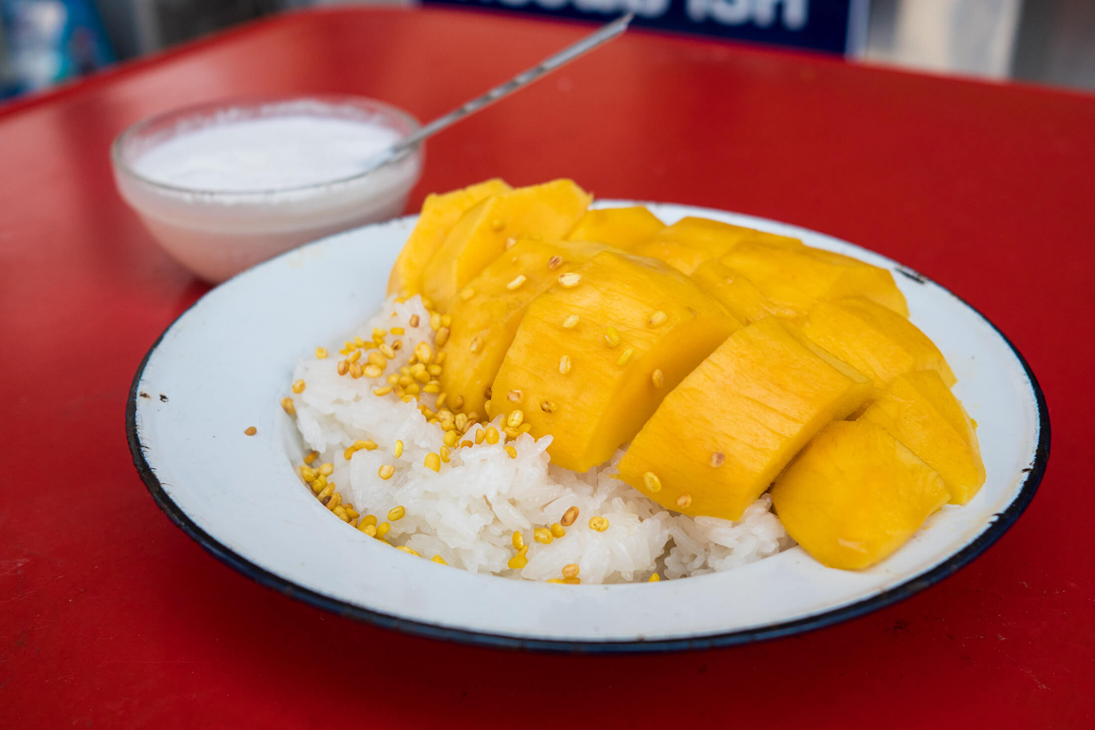 Thai mango sticky rice recipe authentic thai street food style forumfinder Gallery