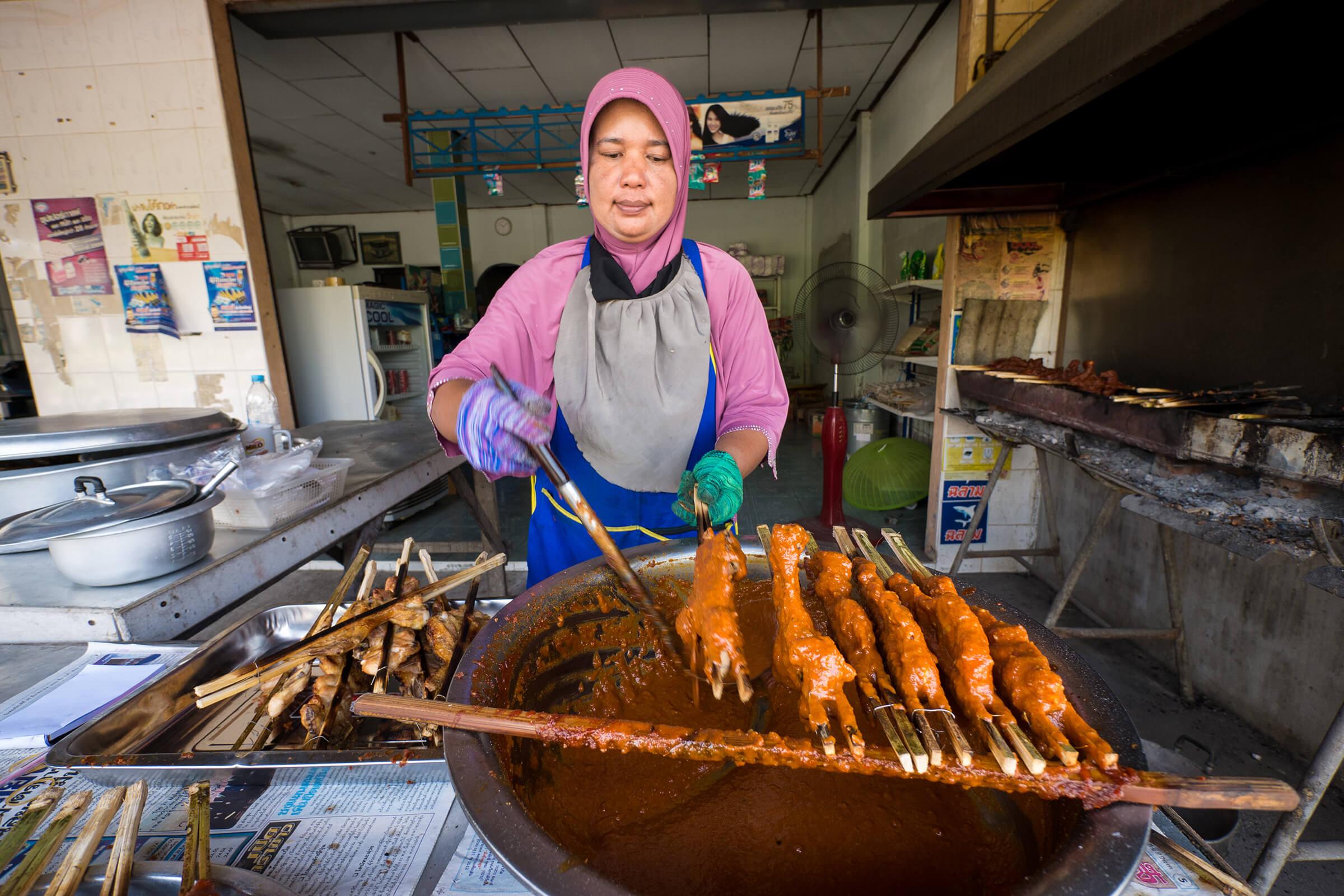 Thai food blog eating thai food thailands best coconut milk bbq chicken in nakhon si thammarat forumfinder Choice Image