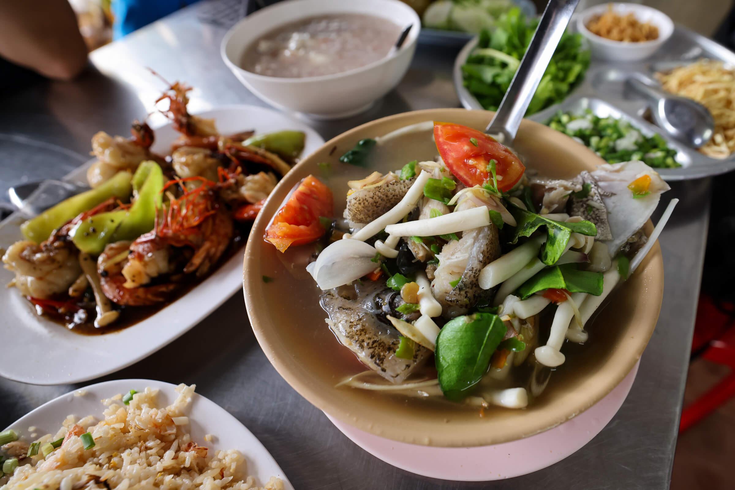 Hong Fish Congee (ฮ้อง ข้าวต้มปลา)
