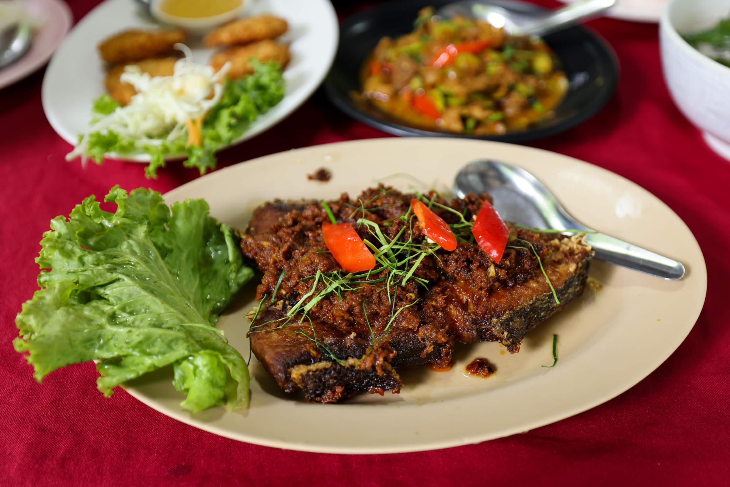 Krua Pailin (ครัวไพลินอาหารภูเก็ต)